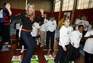 "Christie Brinkley Helps Launch ""National Family Fitness Day"""